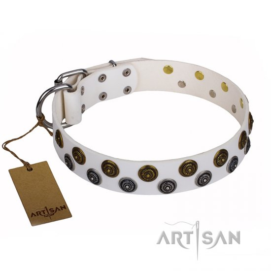 """Snowflake"" FDT Artisan White Leather English Bulldog Collar with Two Rows of Studs"