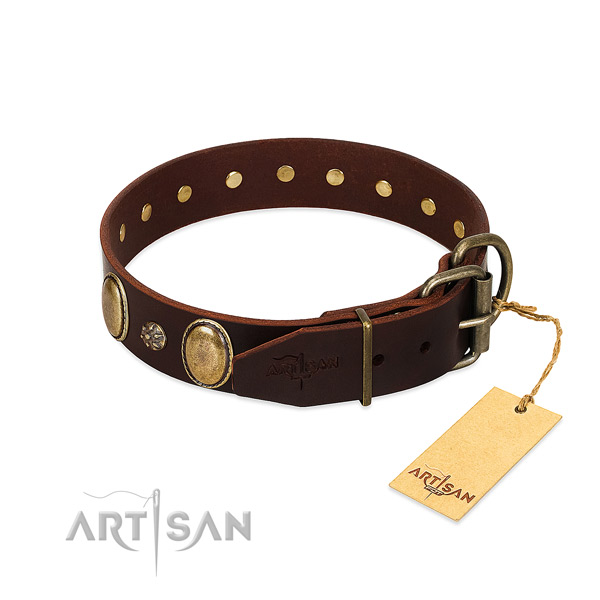 Walking top notch natural genuine leather dog collar