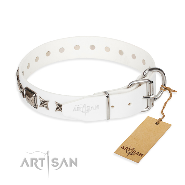 Best quality decorated dog collar of full grain genuine leather