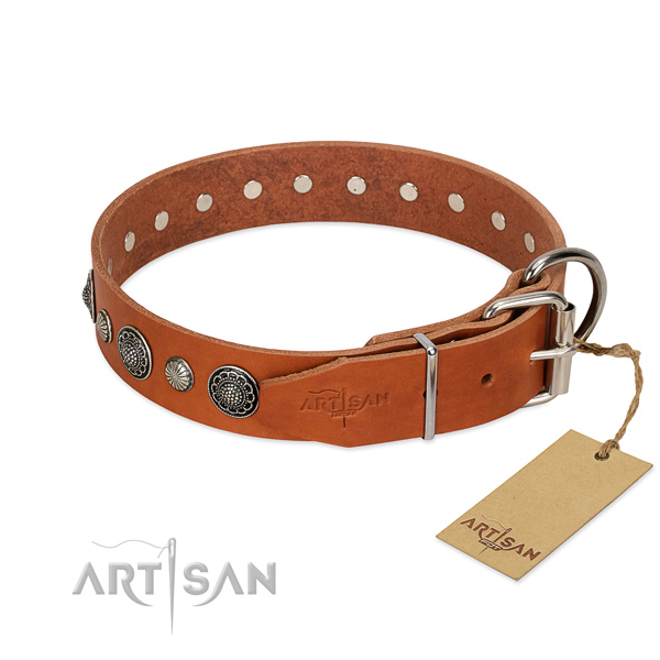 Reliable Full grain natural leather dog collar with corrosion resistant buckle