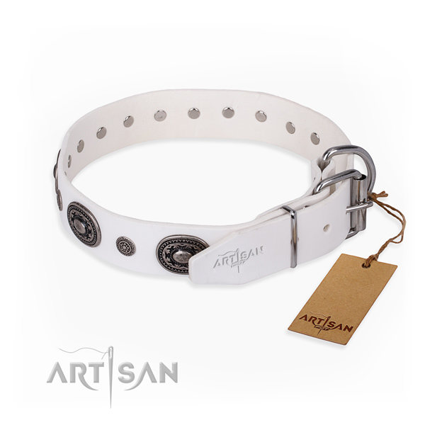 Reliable full grain leather dog collar handmade for easy wearing