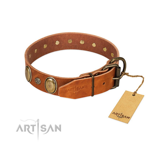 Handy use top notch genuine leather dog collar